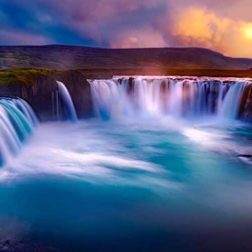 viagigo in islanda vista cascate godafoss